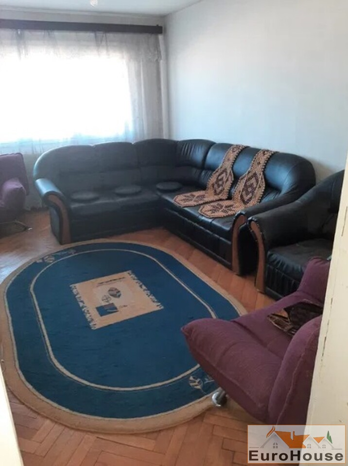 Apartament cu 3 camere de vanzare in Alba Iulia -35156-