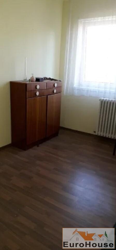 Apartament cu 3 camere de vanzare in Alba Iulia-35159-