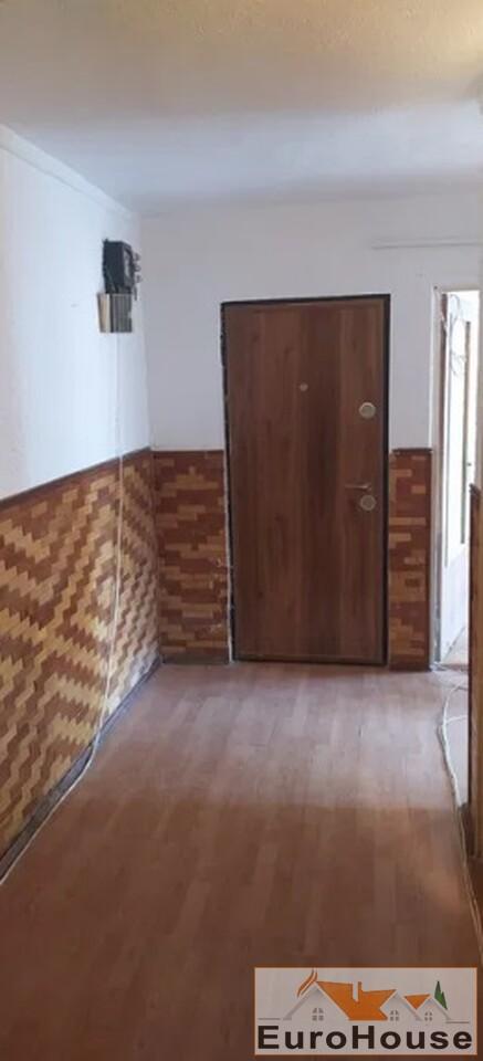 Apartament cu 3 camere de vanzare in Alba Iulia -35178-