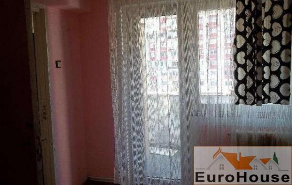 Apartament de vanzare 2 camere Centru-30770-