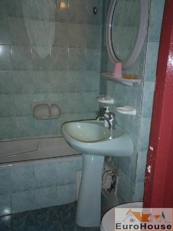 Apartament de vanzare 3 camere decomandat, Centru-30894-